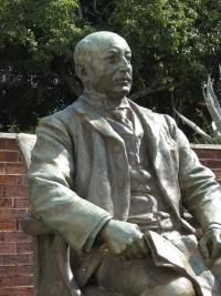 Alfred Beit Statue